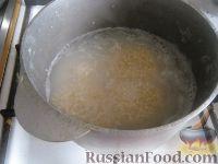 Фото приготовления рецепта: Каша из ячневой крупы - шаг №3