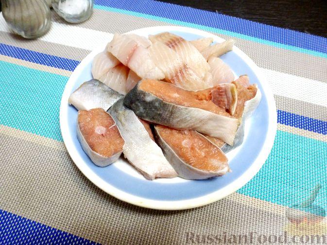 Фото приготовления рецепта: Куриный суп с шампиньонами и яблоком - шаг №7