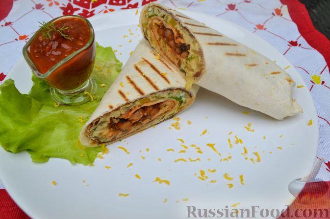 Рецепт Тортилья с омлетом, фасолью и пармезаном