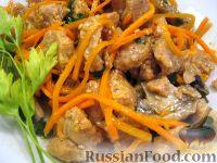 Фото к рецепту: Салат с соевым мясом по-корейски