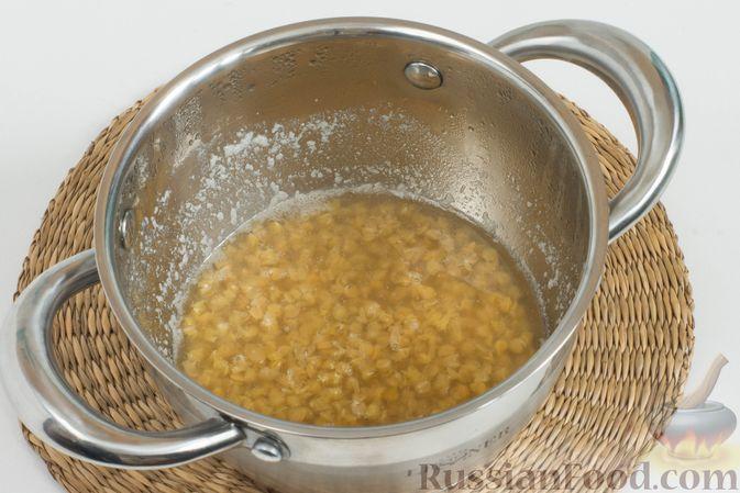Фото приготовления рецепта: Куриное филе, запечённое в панировке с лимонной цедрой, петрушкой и кунжутом - шаг №12