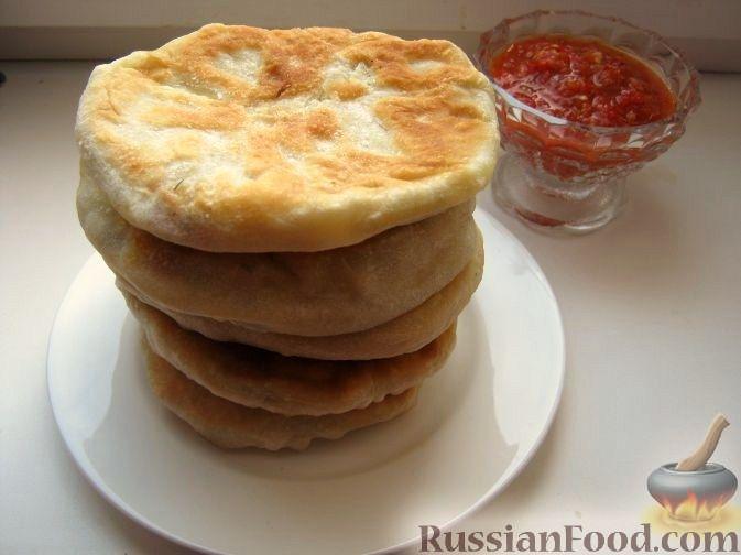 Рецепт Лепешки с колбасно-сырной начинкой