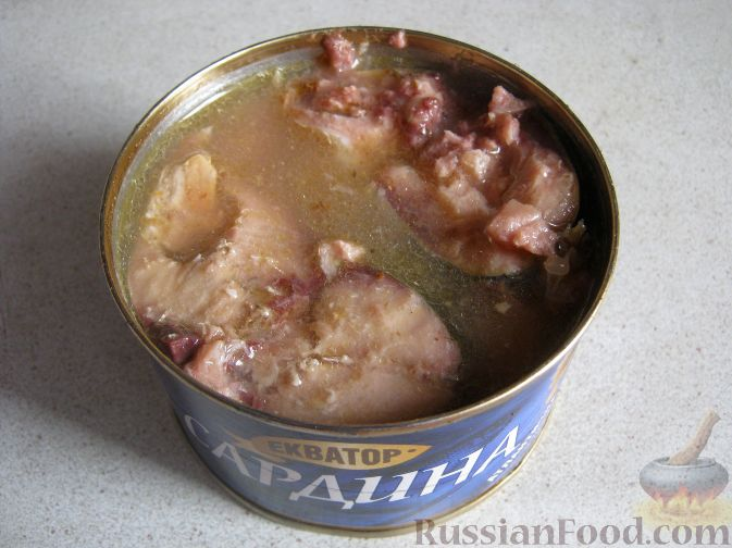 Фото приготовления рецепта: Рыбный суп из консервов - шаг №8