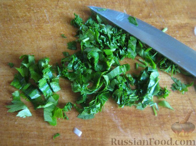 Фото приготовления рецепта: Салат мясной с яблоками и апельсинами - шаг №8