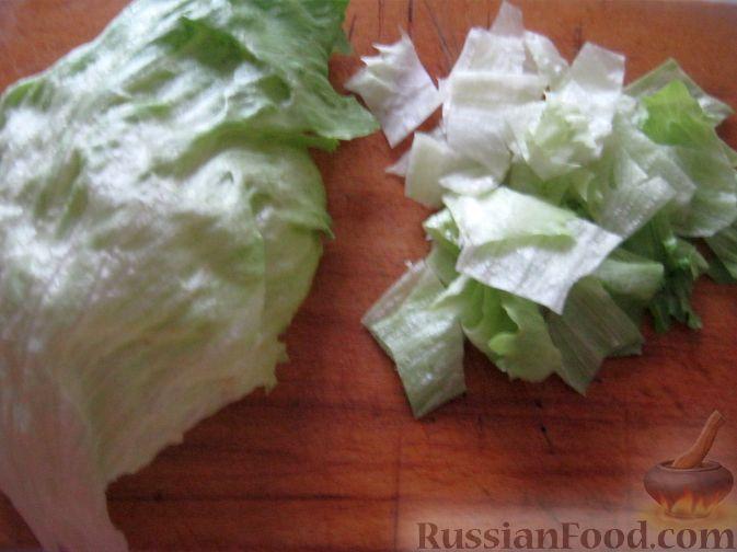 Фото приготовления рецепта: Салат мясной с яблоками и апельсинами - шаг №9