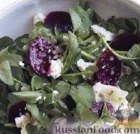 Фото к рецепту: Салат со свеклой