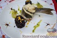 Фото к рецепту: Сибас, запеченный с дор блю и пармезаном
