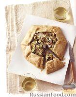Фото к рецепту: Тарт с картофелем, цуккини, шалотом и сыром