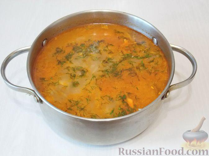 Фото приготовления рецепта: Рассольник с консервированной горбушей - шаг №11