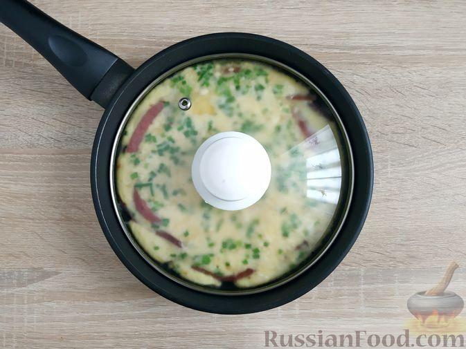 Фото приготовления рецепта: Пирог из лаваша с куриным фаршем и сыром - шаг №5