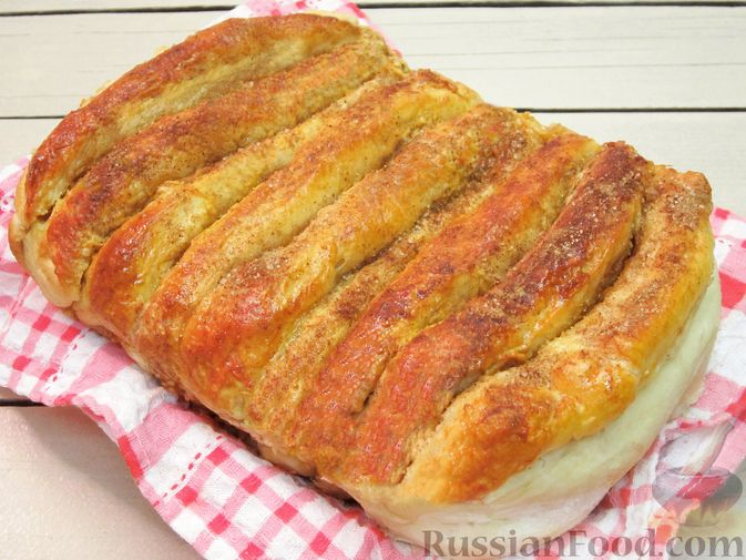 Фото к рецепту: Отрывной яблочный пирог