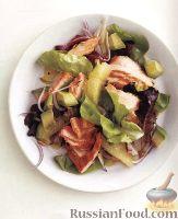 Фото к рецепту: Салат из лосося и грейпфрута