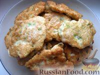 Фото приготовления рецепта: Куриные котлеты по-французски - шаг №9
