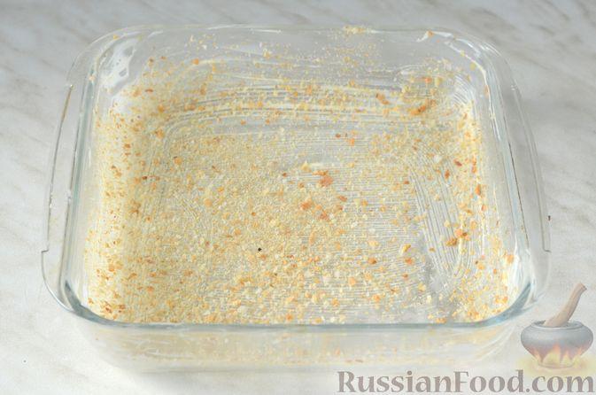 Фото приготовления рецепта: Цветная капуста в чесночном соусе, запечённая под сыром - шаг №10