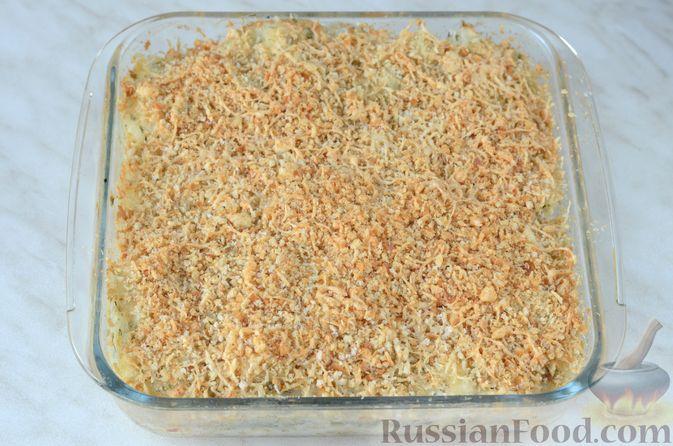 Фото приготовления рецепта: Цветная капуста в чесночном соусе, запечённая под сыром - шаг №17