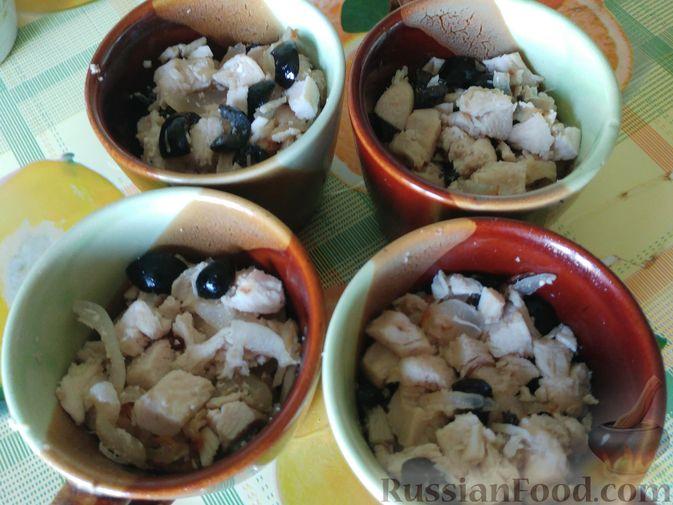 Фото приготовления рецепта: Компот из винограда с лимоном (на зиму) - шаг №15