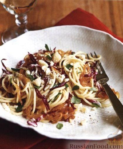 Фото приготовления рецепта: Куриная печень с грибами и помидорами, в микроволновке - шаг №8
