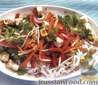 Фото к рецепту: Рисовая лапша с овощами и сыром тофу