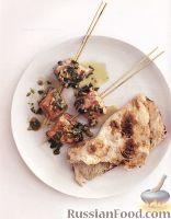 Фото к рецепту: Шашлыки из лосося с арахисовым соусом