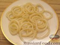 Фото приготовления рецепта: Салат ассорти из морепродуктов - шаг №7