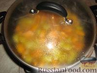 Фото приготовления рецепта: Суп-пюре из тыквы и картофеля - шаг №6