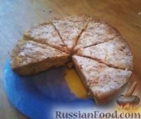 """Фото к рецепту: Яблочный пирог """"В гостях у бабушки"""""""