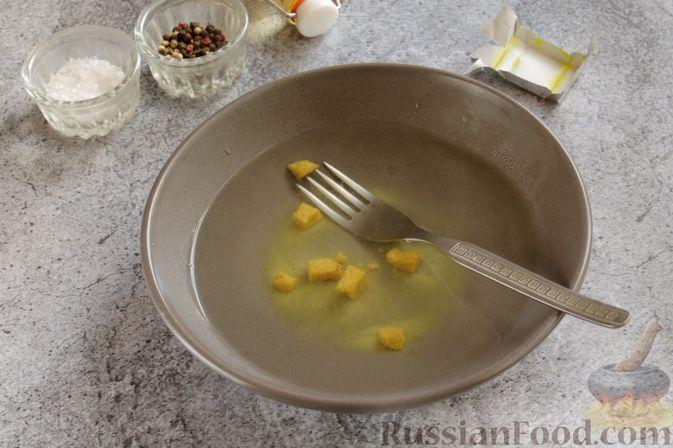 Фото приготовления рецепта: Оладьи на кефире, с куриным фаршем - шаг №6