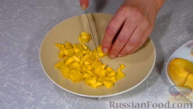Фото приготовления рецепта: Фаршированные яйца с гречнево-грибной начинкой - шаг №17