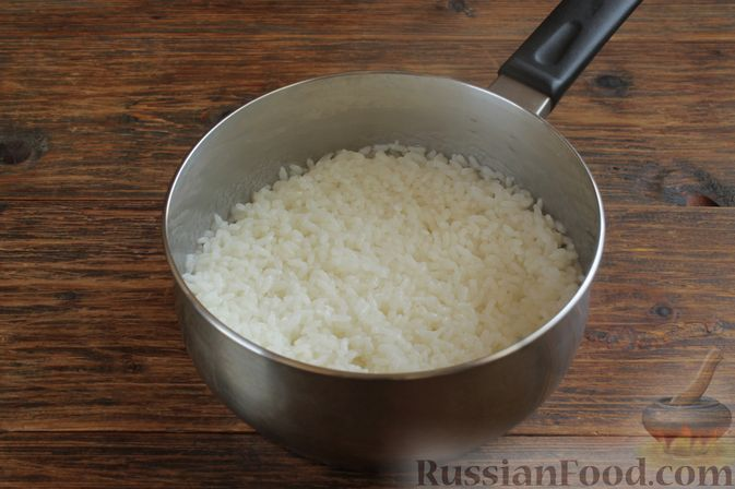 Фото приготовления рецепта: Куриное филе, запечённое в панировке с лимонной цедрой, петрушкой и кунжутом - шаг №7
