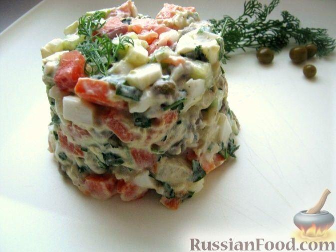 Салат с лососем жареным калорийность