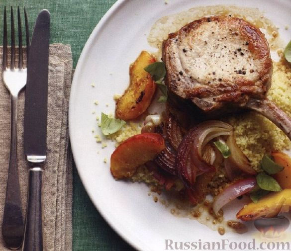 Рецепт Жареная свинина с персиками и луком