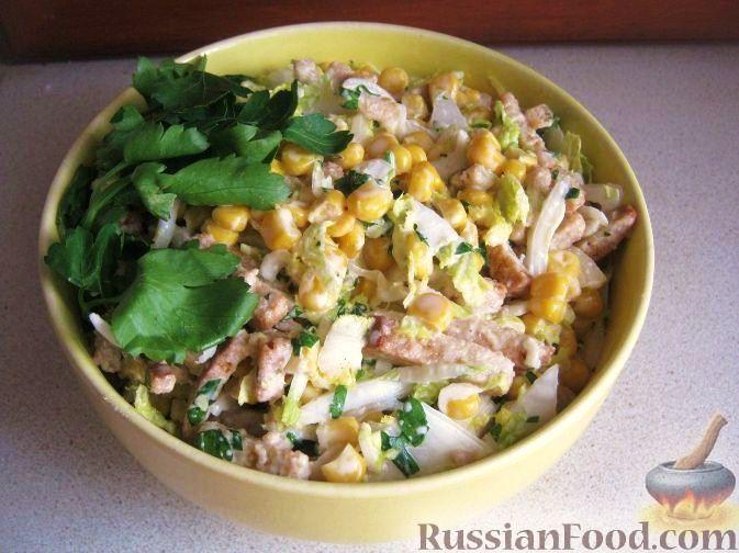 Рецепт Быстрый салат с кукурузой и сухариками
