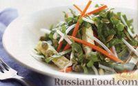 Фото к рецепту: Салат с омлетом и ростками фасоли