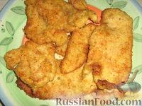 Фото к рецепту: Панированные отбивные из филе индейки
