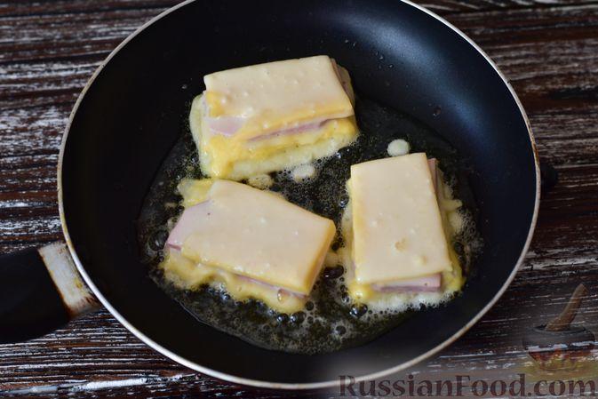 Фото приготовления рецепта: Манник на кефире (в микроволновке) - шаг №12
