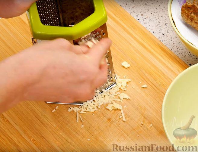 Фото приготовления рецепта: Оладьи на кефире, с куриным фаршем - шаг №1
