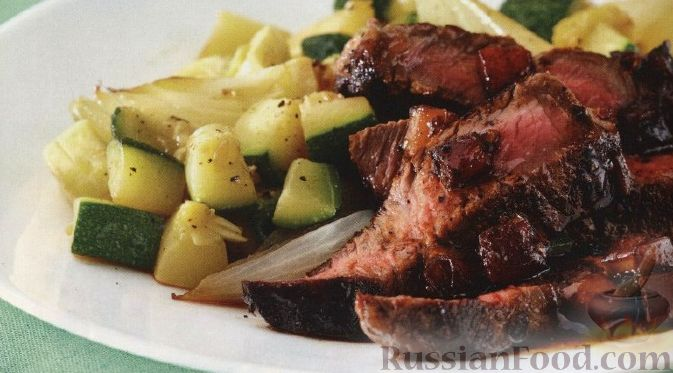 Рецепт Стейк с овощами и соусом из свежих помидоров