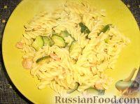 Фото к рецепту: Паста с креветками и цуккини