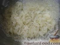 Фото приготовления рецепта: Начинки для пирожков из риса с яйцом - шаг №2