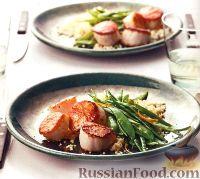 Фото к рецепту: Морские гребешки с зеленым горошком и кус-кусом