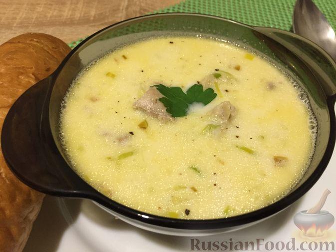 Фото приготовления рецепта: Английский куриный суп с рисом и сыром - шаг №13