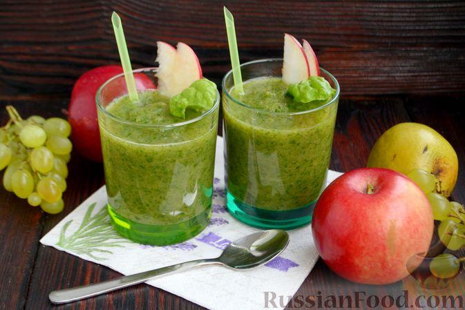 Фото к рецепту: Смузи с виноградом, яблоком и грушей