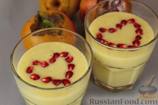 Фото приготовления рецепта: Смузи из хурмы с грушей и бананом - шаг №10