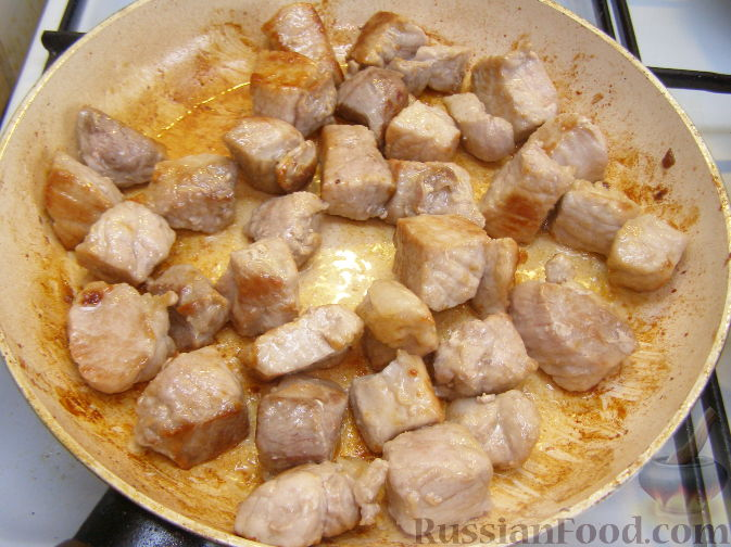 гуляш из свинины с сметаной рецепт с фото пошагово