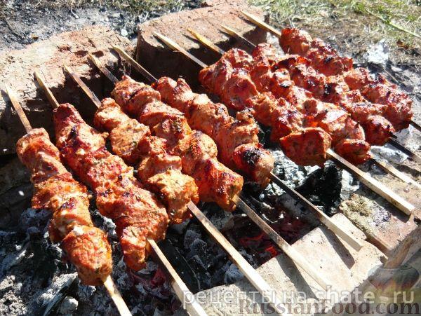 Рецепт Шашлык из свинины, маринованный в томате
