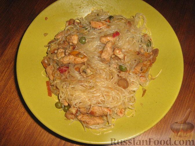 Рецепт Лапша соевая с курицей и овощами