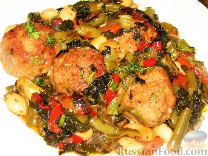 Рецепт Свиные тефтели с овощным рагу