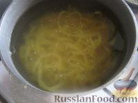 Фото приготовления рецепта: Домашняя лапша своими руками - шаг №9