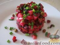 Фото к рецепту: Винегрет с солеными грибами