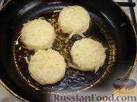 Фото приготовления рецепта: Хэшбраун - американские картофельные оладьи - шаг №6